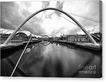 The River Tyne Canvas Print