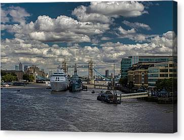 The Thames London Canvas Print by Martin Newman