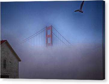 Canvas Print featuring the photograph The Warming Hut by Michael Hope