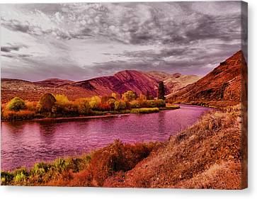 Canvas Print featuring the photograph The Yakima River by Jeff Swan
