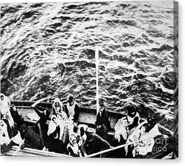 Titanic: Lifeboats, 1912 Canvas Print by Granger