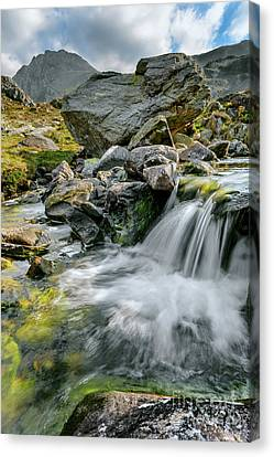 Cwm Idwal Canvas Print - Tryfan In The Ogwen Valley by Adrian Evans