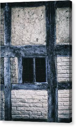 Tudor House Canvas Print by Joana Kruse