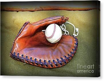 Vintage Baseball Glove Canvas Print by Paul Ward