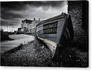 Whitstable Oysters Canvas Print by Ian Hufton