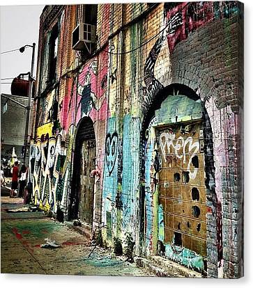 Williamsburg Graffiti Canvas Print