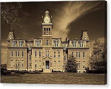 Woodburn Hall - West Virginia University Canvas Print by L O C