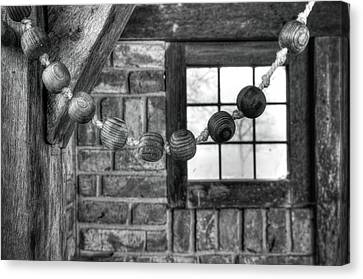 Wooden Rosary Canvas Print by Hans Engbers