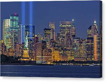World Trade Center Wtc Tribute In Light Memorial II Canvas Print by Susan Candelario