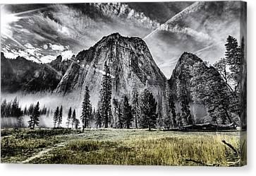 Yosemite Dawn Canvas Print