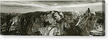 Yosemite National Park  Canvas Print by John Hix