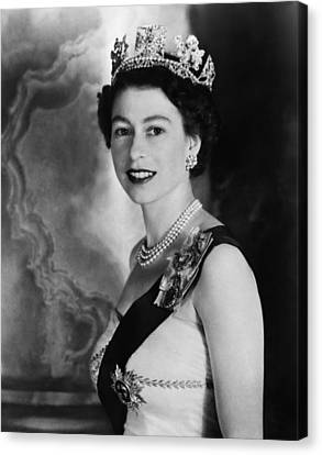 British Royalty. Queen Elizabeth II Canvas Print by Everett