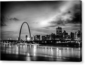 City Of St. Louis Skyline. Image Of St. Louis Downtown With Gate Canvas Print by Alex Grichenko