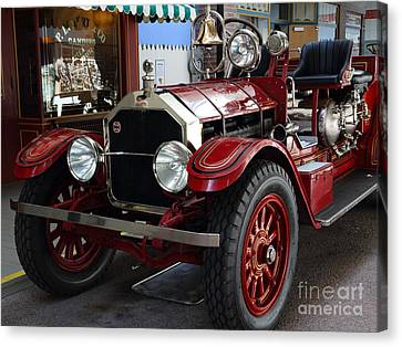 1917 American La France Type 12 Fire Engine Canvas Print by Wingsdomain Art and Photography