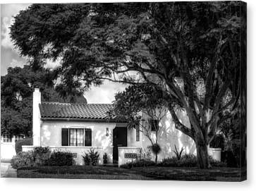 1926 Florida Venetian Style Home - 20 Canvas Print by Frank J Benz