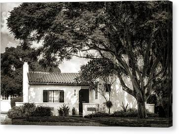 1926 Florida Venetian Style Home - 21 Canvas Print by Frank J Benz