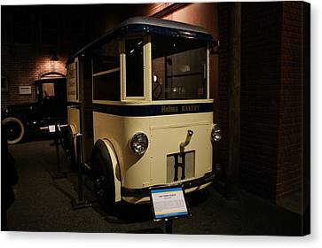 1931 Helms Bakery Truck Canvas Print by Ernie Echols