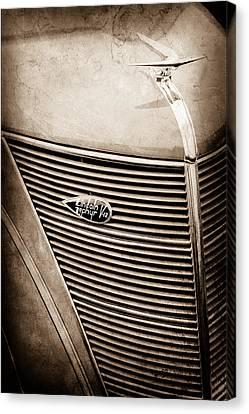 1937 Lincoln-zephyr Coupe Sedan Grille Emblem - Hood Ornament -0100s Canvas Print
