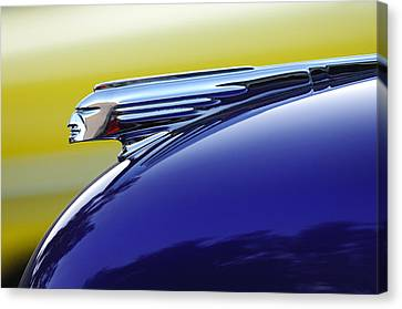 1939 Pontiac Coupe Hood Ornament Canvas Print by Jill Reger