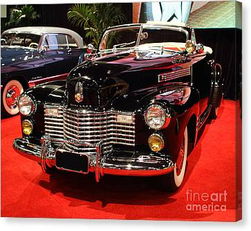 1941 Cadillac Series 62 Convertible Coupe Canvas Print - 1941 Cadillac Series 62 Convertible Coupe . Front Angle by Wingsdomain Art and Photography