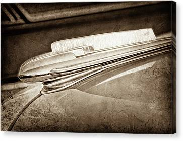 Canvas Print featuring the photograph 1948 Chevrolet Hood Ornament -0587s by Jill Reger