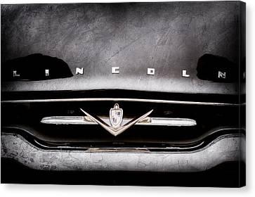 1952 Lincoln Derham Town Car Grille Emblem -0423ac Canvas Print