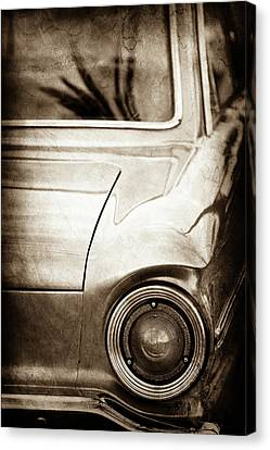 1963 Ford Falcon Taillight -0566s Canvas Print