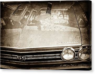 1967 Chevrolet Chevelle Super Sport Grille Emblem -0043s Canvas Print