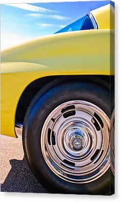 1967 Chevrolet Corvette Sport Coupe Rear Wheel Canvas Print by Jill Reger