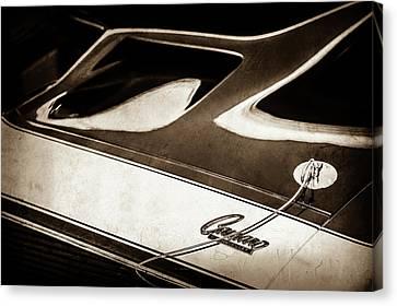1968 Chevrolet Yenko Super Camaro Ss Hood Emblem -1767s Canvas Print