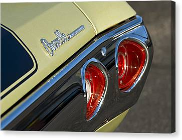 Chevrolet Chevelle Canvas Print - 1971 Chevrolet Chevelle Malibu Ss Tail Light by Jill Reger