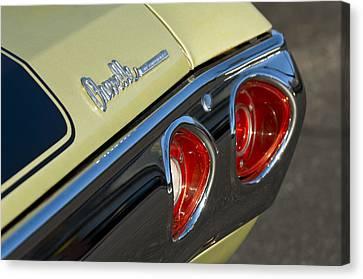 1971 Chevrolet Chevelle Malibu Ss Tail Light Canvas Print by Jill Reger