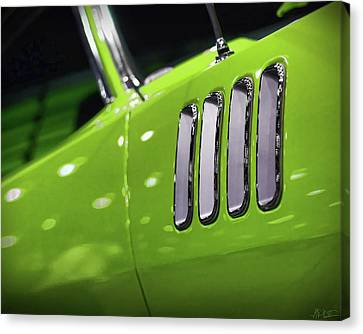 1971 Plymouth 'cuda Fender Gills Canvas Print by Gordon Dean II