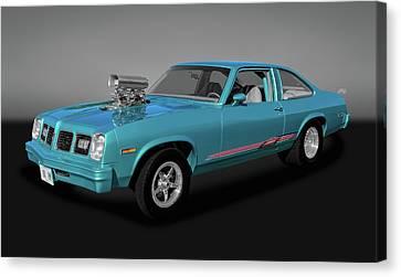 Canvas Print featuring the photograph 1975 Pontiac Ventura  -  1975pontiacventuragry170502 by Frank J Benz