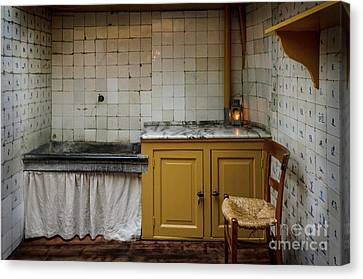 Canvas Print featuring the photograph 19th Century Kitchen In Amsterdam by RicardMN Photography
