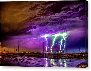 1st Severe Night Tboomers Of 2018 032 Canvas Print