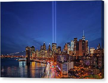 Canvas Print featuring the photograph 911 Tribute In Light In Nyc by Susan Candelario