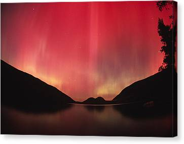 Aurora Borealis Over Jordan Pond Canvas Print by Michael Melford