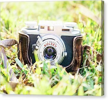 35mm Canvas Print - Bolsey B Rangefinder Camera by Jon Woodhams