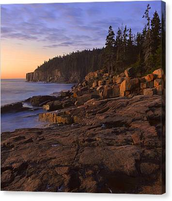 Canvas Print featuring the photograph Dawn's Early Light by Stephen  Vecchiotti