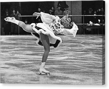 Figure Skater Melitta Brunner Canvas Print by Underwood Archives