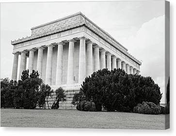 Lincoln Memorial Canvas Print - Lincoln Memorial Building by Brandon Bourdages