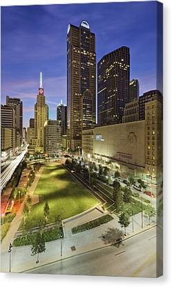 Main Street Garden Park In Downtown Dallas Canvas Print by Jeremy Woodhouse