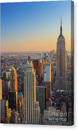 Manhattan View At Sunset Canvas Print
