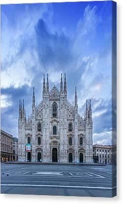 Milan Cathedral Santa Maria Nascente Canvas Print by Melanie Viola
