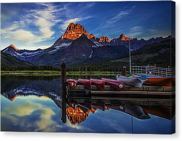 Morning In The Mountains Canvas Print by Andrew Soundarajan
