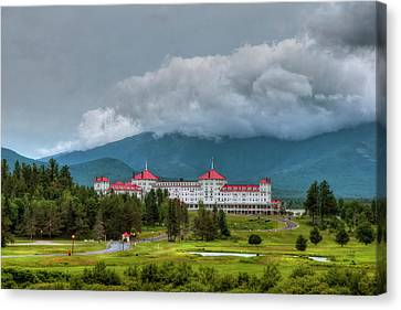 Mount Washington Hotel - Bretton Woods Nh Canvas Print by Joann Vitali