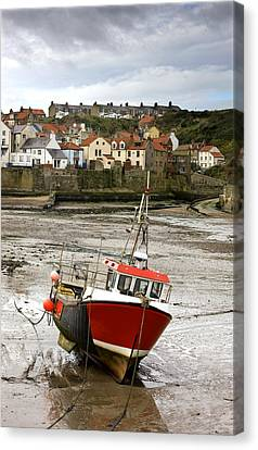 Staithes, North Yorkshire, England Canvas Print by John Short