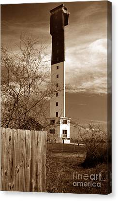 Sullivans Island Lighthouse Sc  Canvas Print by Skip Willits