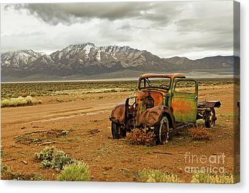 This Old Truck  Canvas Print by Robert Bales